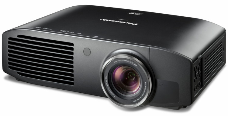 Проектор Panasonic PT-AE8000 / PT-AT6000  - вид  спереди